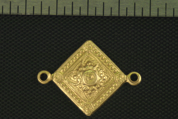 4pc VINTAGE STYLE RAW BRASS VICTORIAN ORNAMENTAL CHARM