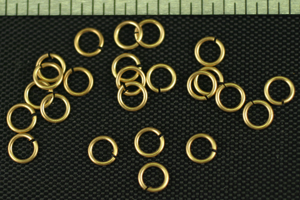 24pc RAW BRASS 4.33mm JUMP RINGS JR1-25-24